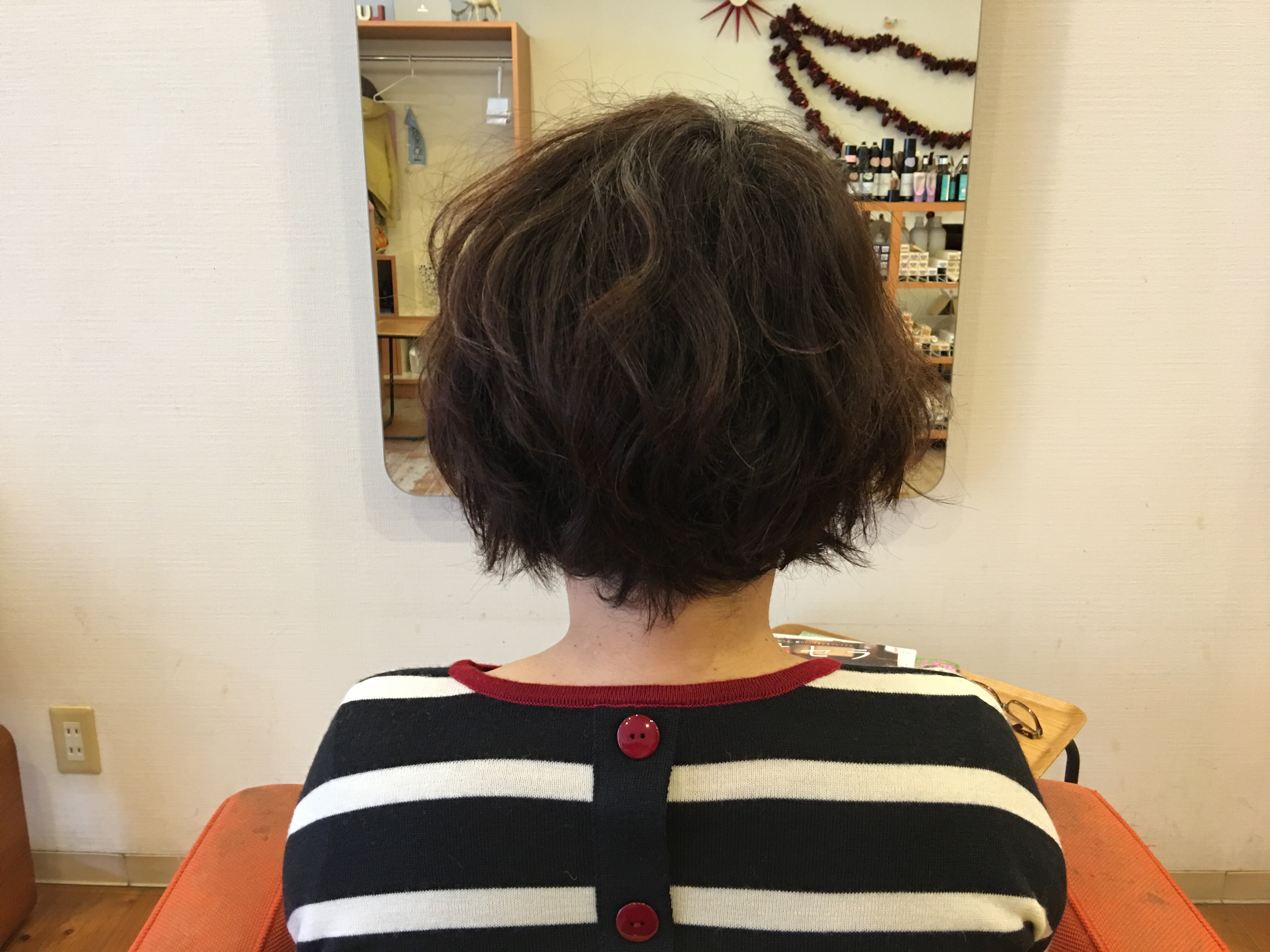 代 くせ毛 60 髪型