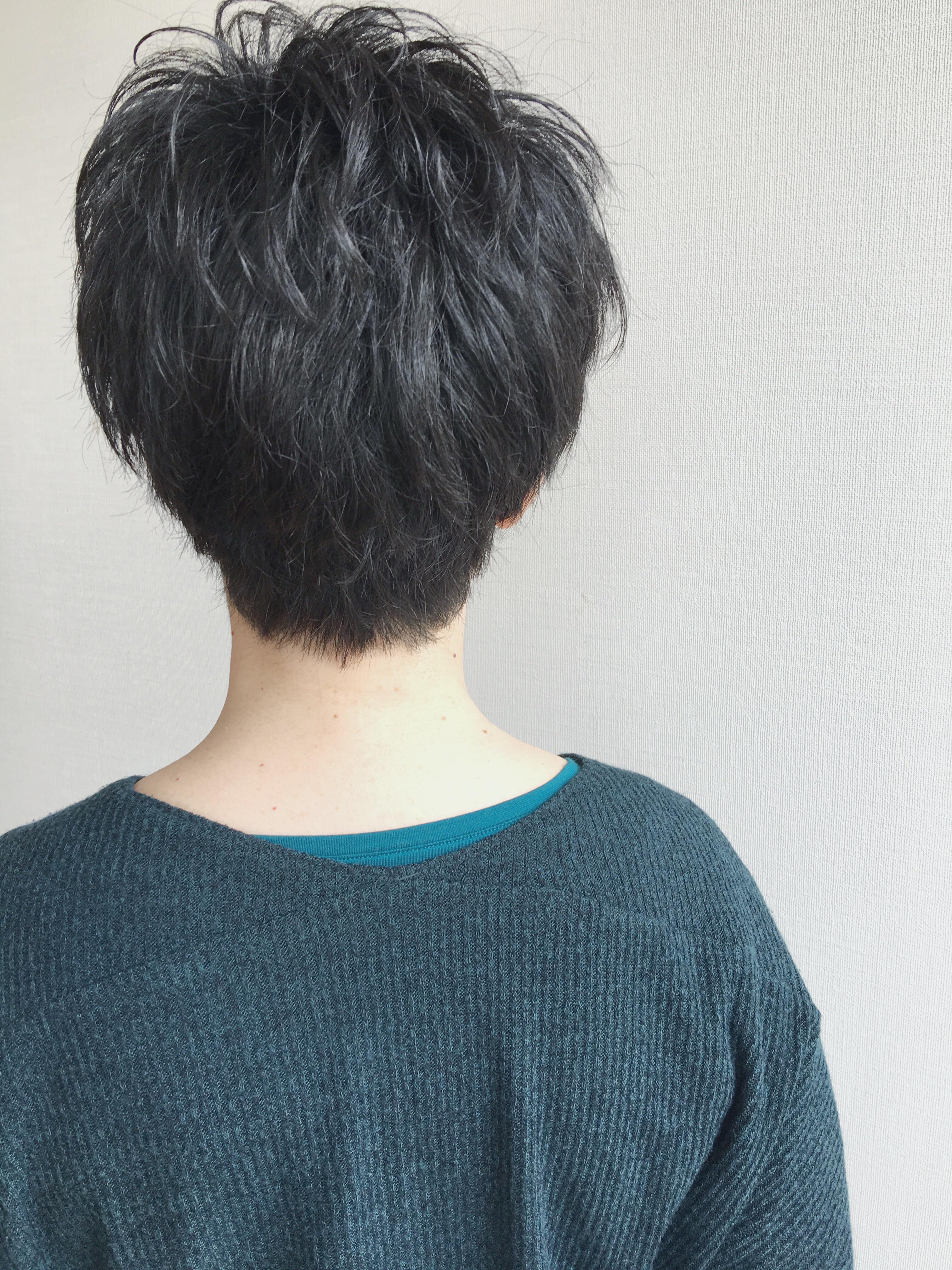 代 くせ毛 50 髪型
